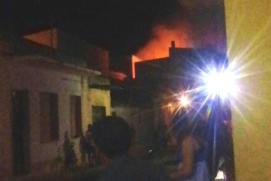 L'incendio in via Campanella ad Avola: fu corto circuito