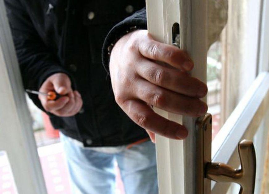 Canicattini Bagni, notificato obbligo di firma per furto in un'abitazione