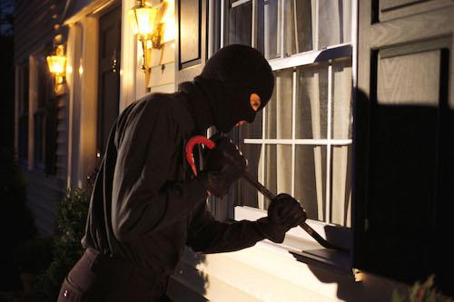 Noto, furto in abitazione: tre denunce, anche due minorenni