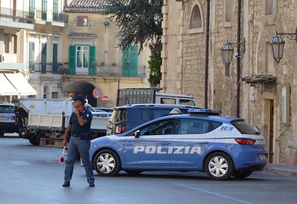 Furti nelle case di Modica, oltre tre anni di carcere per una donna