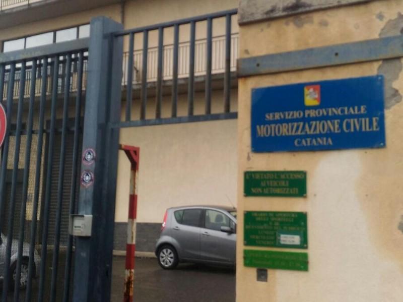 Furto alla Motorizzazione di Catania, trovata anche una miccia