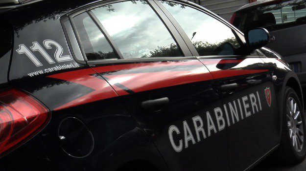 Furto in box condominiale a Palermo, due ventenni arrestati