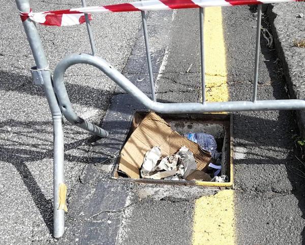 Catania, furto di tombini a Nesima: