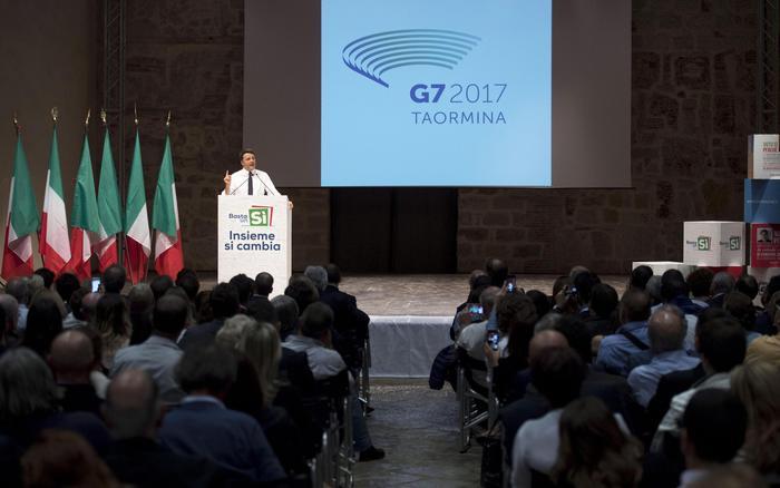 Renzi a Taormina presenta il logo del vertice del G7 del 2017