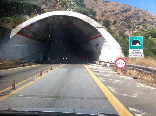 Due milioni e mezzo dalla Regione per la sicurezza delle gallerie sulla Palermo-Messina