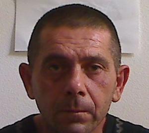 Siracusa, preso mentre rubava batterie esauste: finisce a Cavadonna