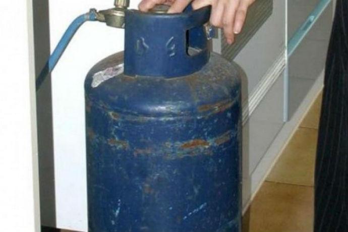 Catania, tenta di suicidarsi con il gas: salvato in extremis