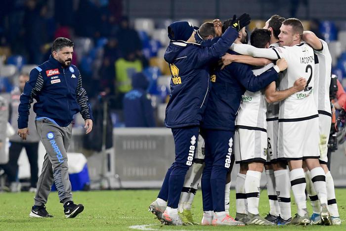 Esordio da incubo per Gattuso, Napoli sconfitto al San Paolo dal Parma ( 1 - 2)