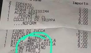 """Gay, coppia denuncia: """"Ristorante di Roma scrive frocio sullo scontrino"""""""