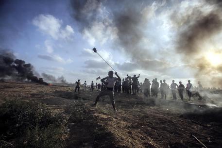 Israele, bombe sulla Striscia di Gaza per colpire Hamas