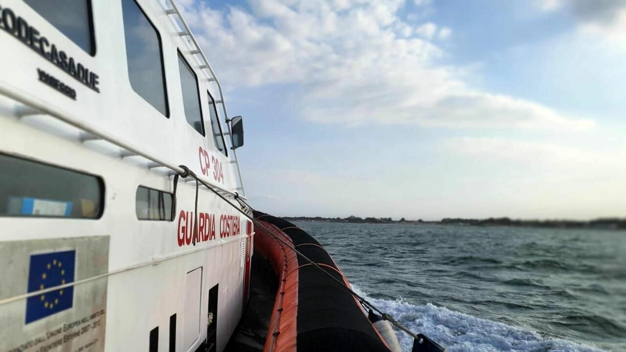 Ragazzo disperso alla Plaja di Catania: salvo dopo lotta con le forti correnti