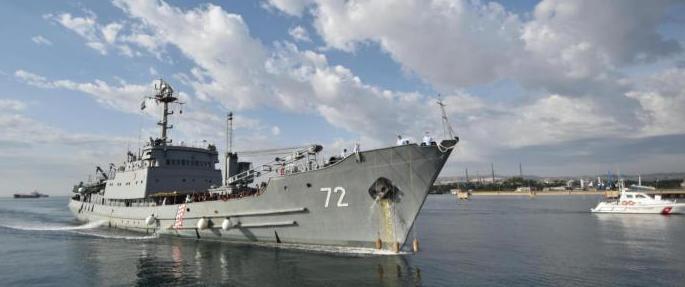 Pattugliatore della Guardia di Finanza sbarca a Pozzallo 46 migranti