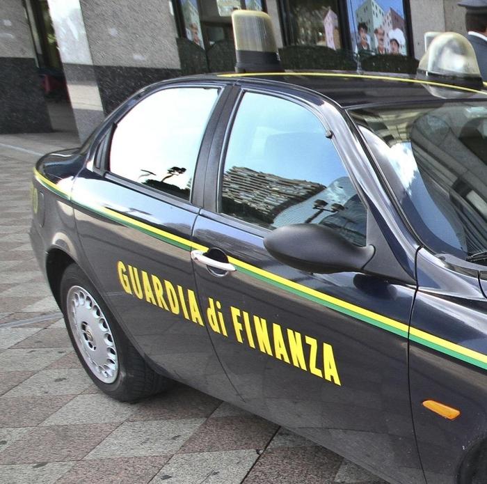 Arrestati i vertici della società che gestisce l'aeroporto di Lamezia