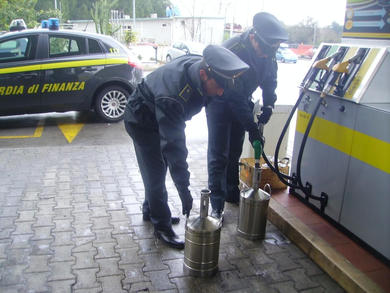 Palermo, gas 'truccato' nell'ex impianto dei boss: scattano sigilli