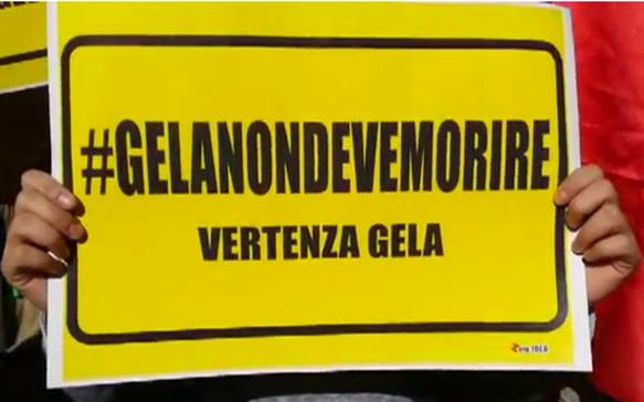 Ventimila persone in piazza a Gela, sciopero generale per il lavoro