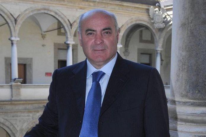 Voto di scambio, arrestato a Siracusa il deputato regionale Giuseppe Gennuso