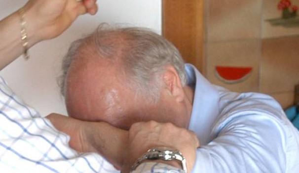 Genitori terrorizzati fanno arrestare il figlio a Paternò, rinchiuso