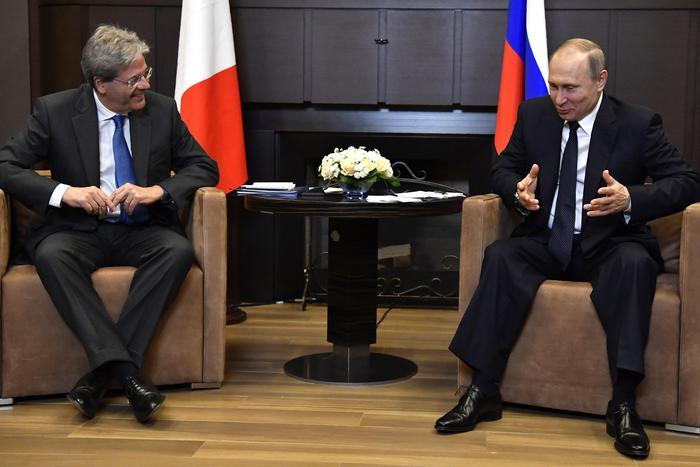 Gentiloni da Putin: rapporti con Russia ottimi