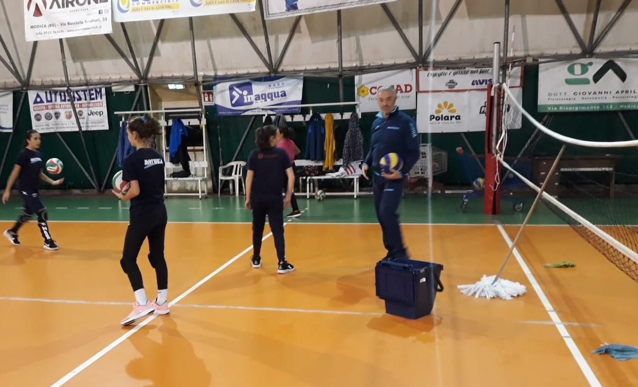 Modica, volley: piove dentro il geodetico e salta l'allenamento della Pvt  in vista della gara con il Palmi