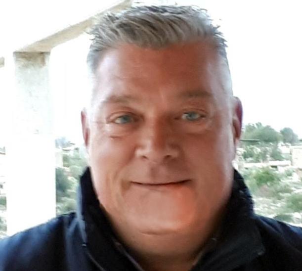 Rosolini, ha problemi al cuore: morto  a Como  Pino Giallongo