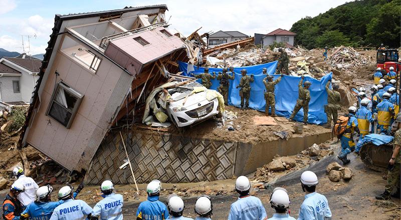 Giappone: almeno cento persone sono morte nelle alluvioni