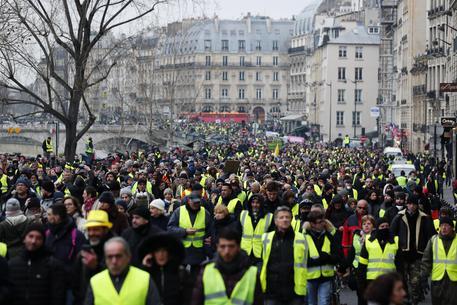 Gilet gialli in protesta, sabato manifestazione a Bourges