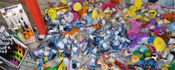Sequestrati a Catania un milione di prodotti contraffatti dalla Cina