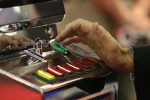 Siracusa, gioco d'azzardo patologico: martedì una conferenza all'Insolera