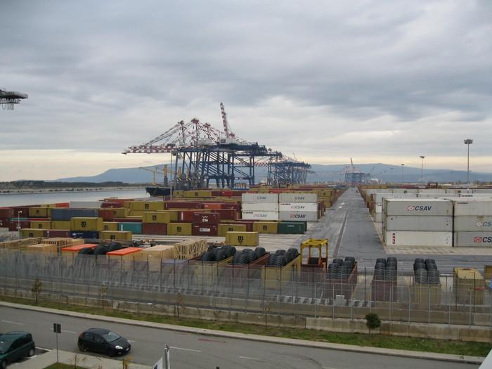 Riunione per il porto di Gioia Tauro, si tenta la riapertura