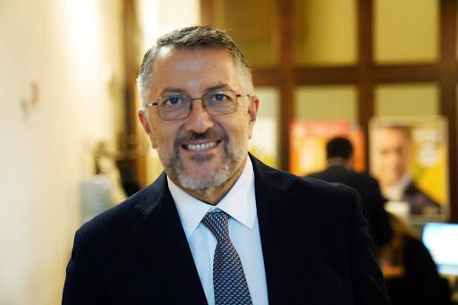 """Sicilia zona rossa? Il M5s a Musumeci: """"Solo nelle zone a rischio"""", ira anche del Pd"""