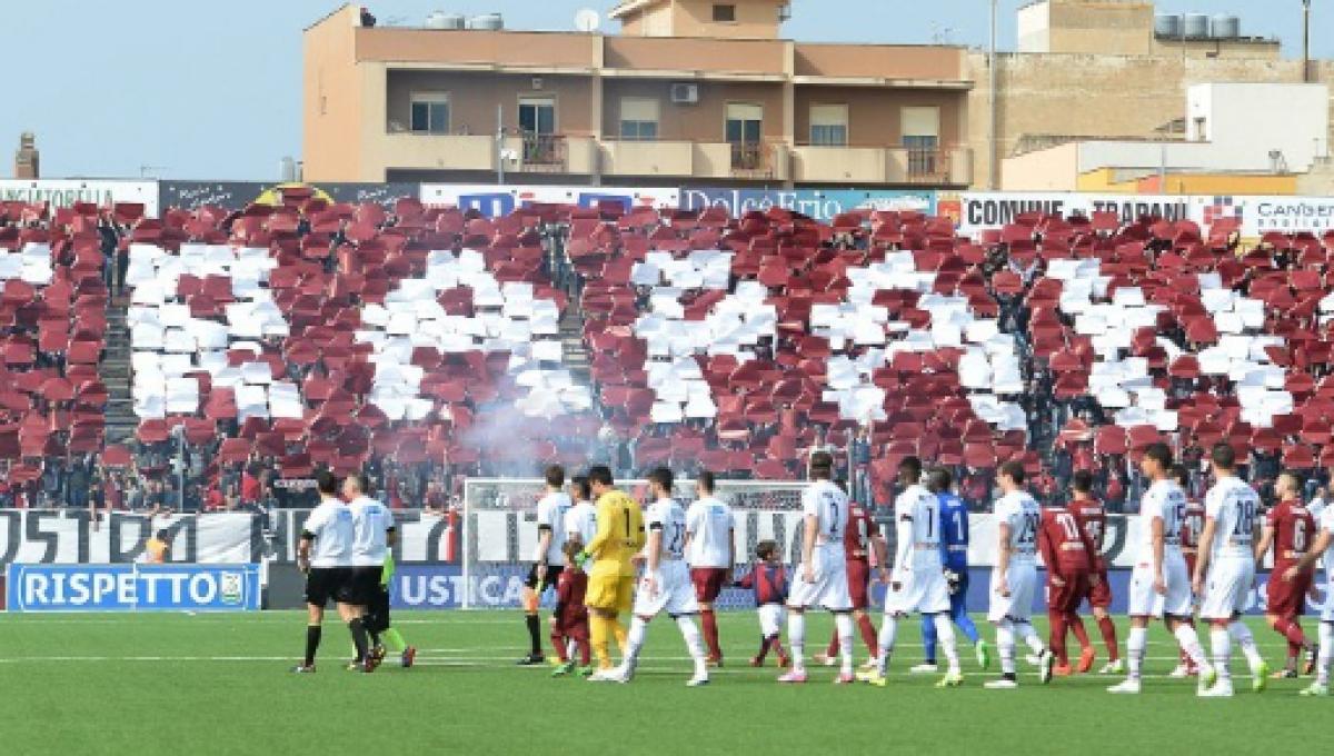 Il Trapani Calcio è con l'acqua alla gola, la società apre a nuovi investitori