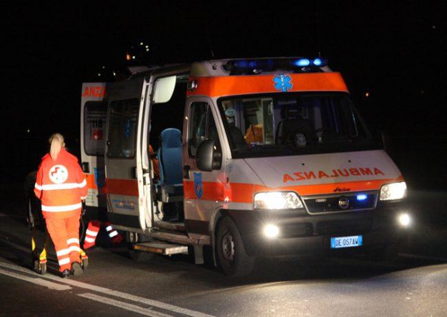 Giovane ferito a colpi di pistola in Brianza, è grave
