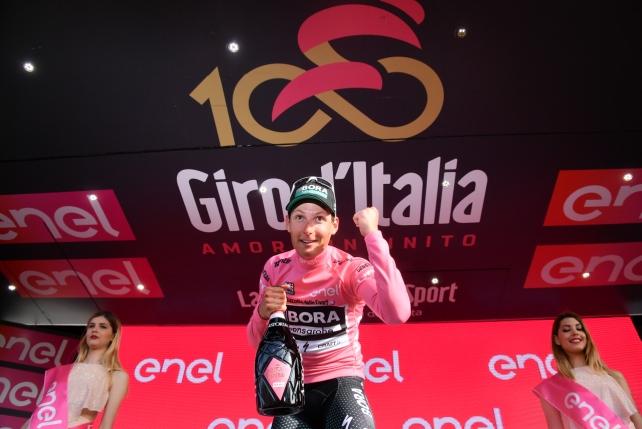 Giro d'Italia, un austriaco vince la prima tappa in Sardegna: Poestlberger in maglia rosa