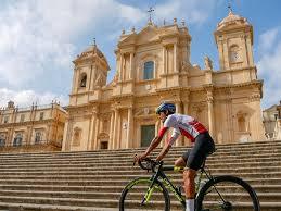 Noto, presentata l'edizione 2020 del Giro ciclistico di Sicilia: cinque tappe dal 25 aprile al 1° maggio