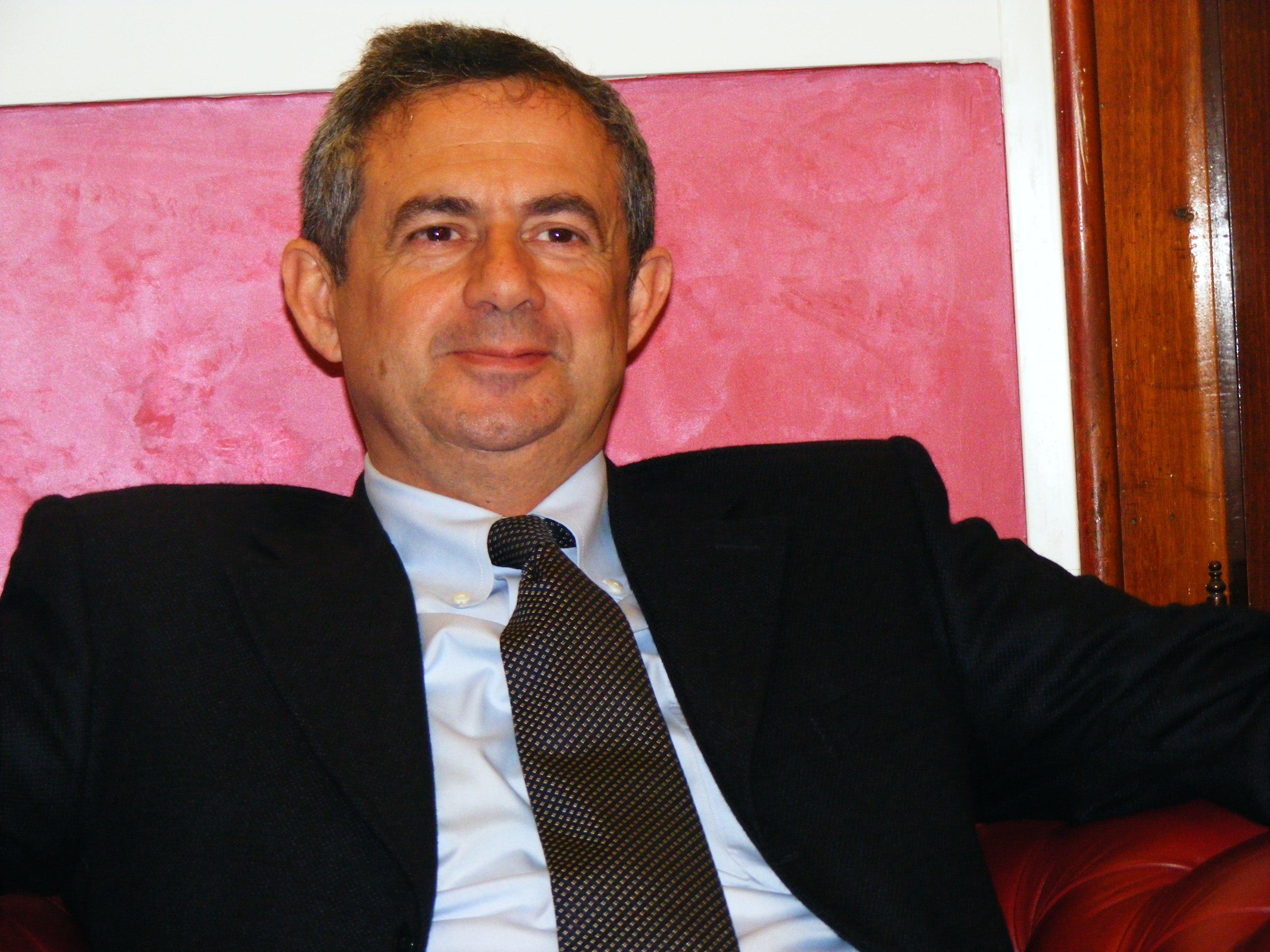 Sgarbi chiede alla Ministra Cartabia la libertà per avvocato di Agrigento