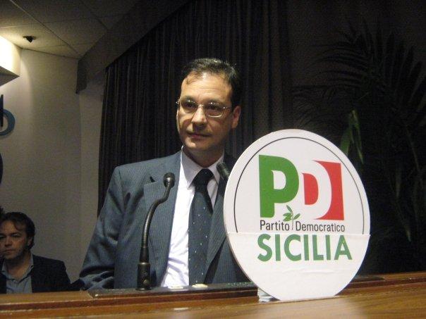 Palermo, indagato il capogruppo del Pd all'Ars per corruzione