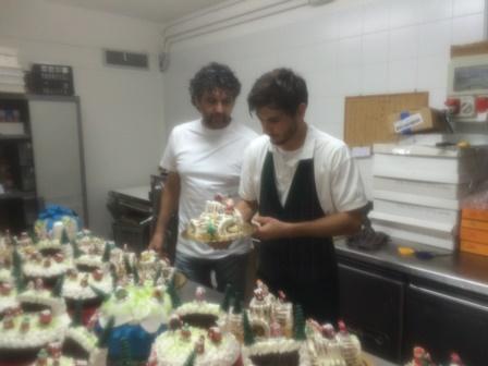 Floridia, parte la produzione artigianale dei panettoni dei fratelli Amato