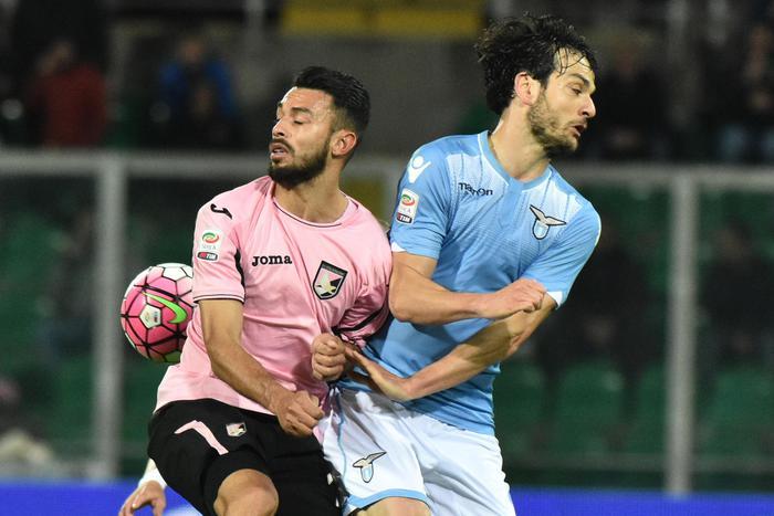 Il Palermo cede a titolo definitivo il centrale Gonzalez al Bologna