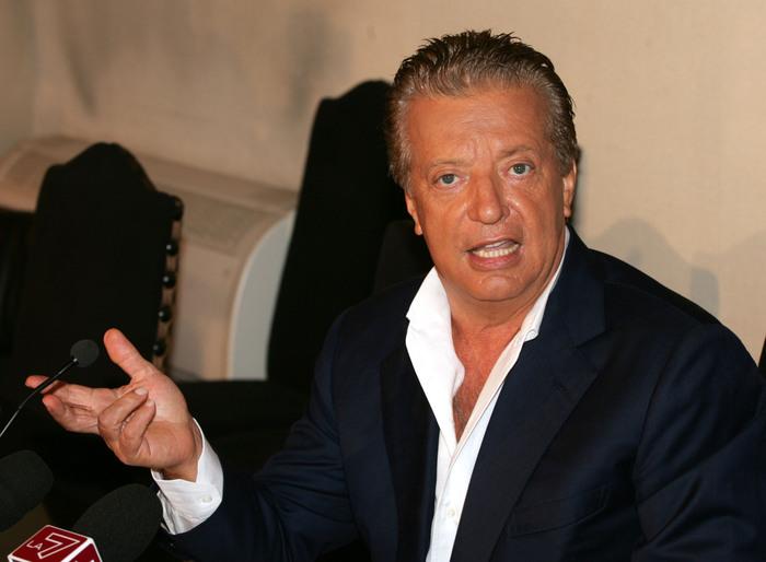 Vittorio Cecchi Gori è uscito dal coma farmacologico