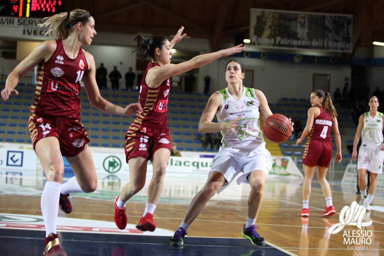 Basket, la Passalacqua Ragusa vince il recupero contro il Venezia