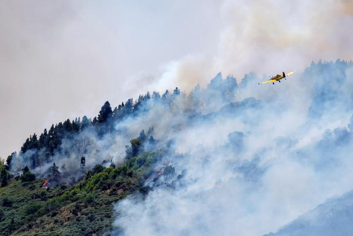 Ottomila evacuati per un grosso incendio alle Gran Canaria