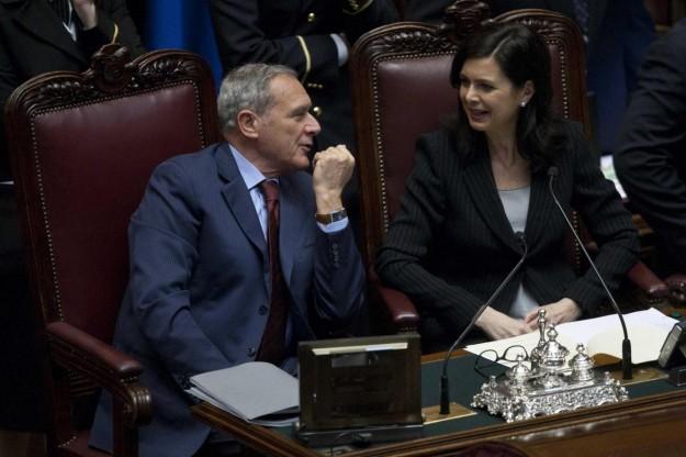 Il presidente del Senato è tre volte più ricco di Laura Boldrini