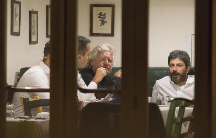 A Roma passa la legge di Grillo, via direttorio, via De Dominicis e niente Olimpiadi