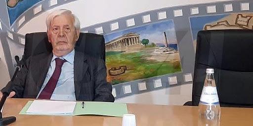 Grillo rinuncia alla candidatura a sindaco di Crotone e polemizza col Pd
