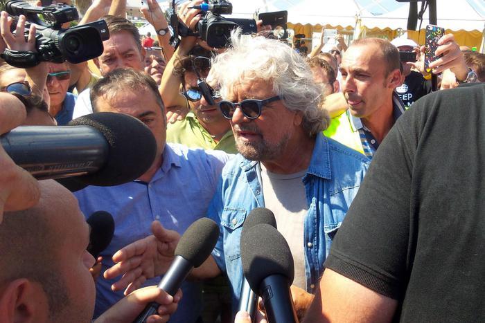 Palermo, Grillo torna al comando: riparte la fase del M5s 2.0