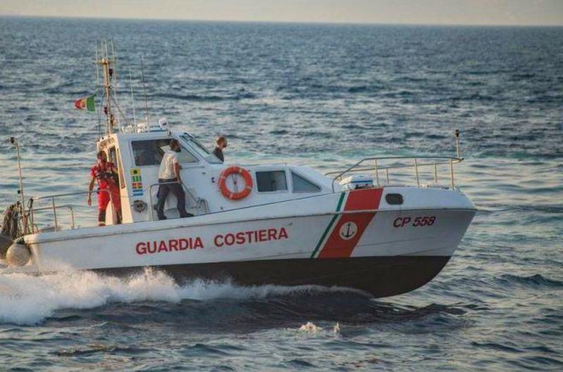 Tre soccorsi in mare della Guardia costiera di  Corigliano Rossano