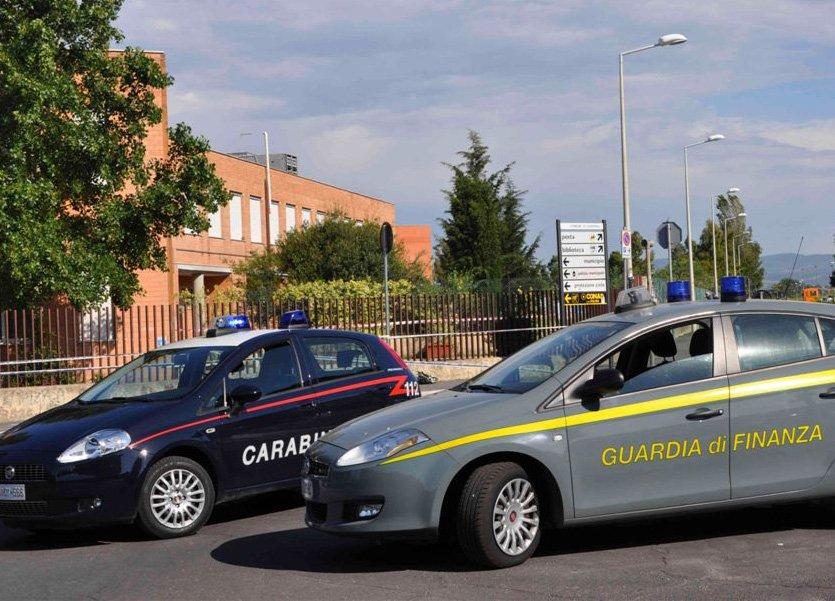 Abusivismo commerciale a Palermo, denunce e multe in Vucciria