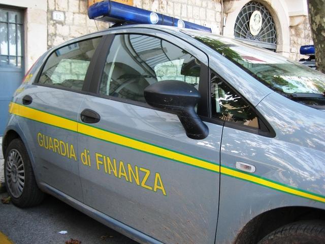 Pedara, prosciugava conti a pazienti: Gdf gli sequestra 110mila euro