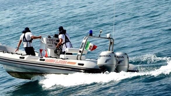 Soccorso un sub in difficoltà a Palermo: era in un'insenatura