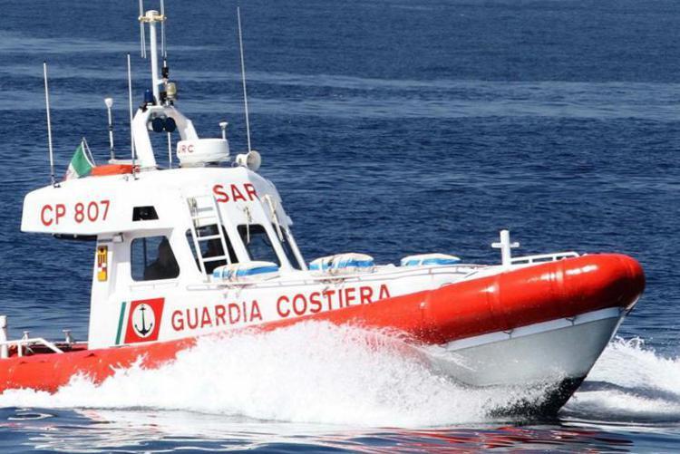 Cade da un dirupo e finisce in mare: morta bimba a Palinuro